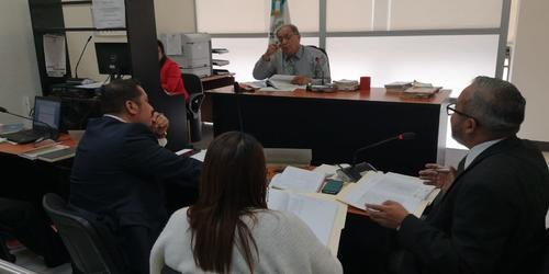 El juez de turno resolvió ligar a proceso a los dos empleados del MP. (Foto: cortesía )