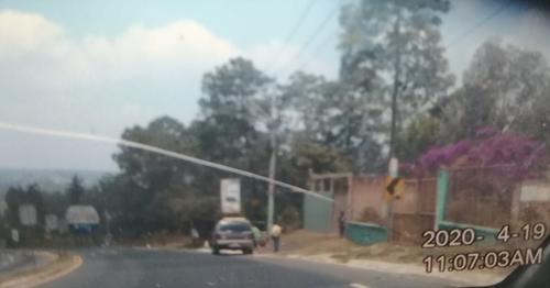 Aquí se puede observar un vehículo a nombre del exdiputado Estuardo Galdámez.
