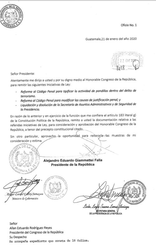 Edgar Leonel Godoy Samayoa, el primer ministro de Gobernación en la gestión de Giammattei firmó el oficio donde se envió el proyecto de ley al Congreso.