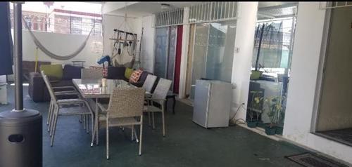 Vista de la una sala-comedor ubicada en el anexo del hospital de la zona 2. (Foto: MP)