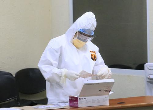 Personal del IGSS realizó pruebas a empleados del Organismo Judicial. (Foto: OJ)