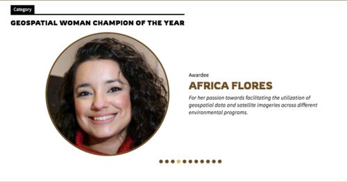 Flores agradeció el reconocimiento otorgado por su trabajo y liderazgo.