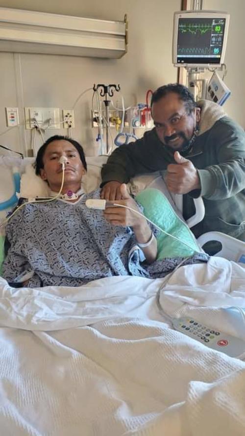Walter Hernández ha acompañado al connacional en su recuperación tras sufrir el grave accidente.