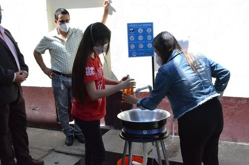 Los estudiantes desean seguir con este proyecto. (Foto: CapLav)