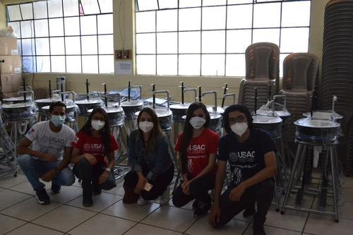 Los estudiantes ingeniaron este aparato de higiene. (Foto: CapLav)