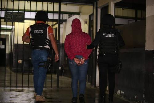 La mujer exigía a su familia Q35 mil en efectivo. (Foto: PNC)