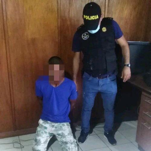 La PNC arrestó a Kenidey Homar López Ramírez, de 27 años. Lo acusan de ser el presunto responsable de asesinar a un juez en Petén. (Foto: PNC)