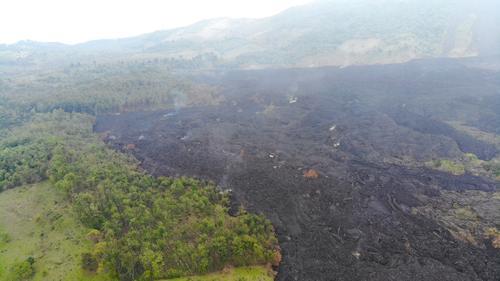 El descenso de lava anterior destruyó árboles, plantaciones de café, tierras fértiles y preocupa a los habitantes. (Foto: Wilder López/Soy502)