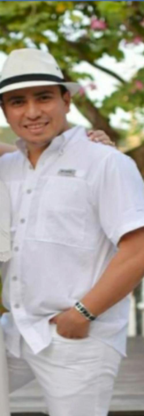 Alberto de Jesús Alvarado Oliva se identificó como trabajador del Ministerio de Comunicaciones. (Foto: cortesía)
