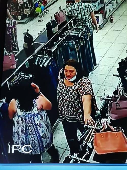 Los delincuentes ingresan con ropa holgada para poder llevarse las prendas.