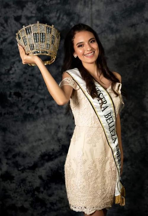 Keren Estefanía Reyes fue elegida como Nuestra Belleza Libertad. (Foto: Nuestras bellezas Libertecas)