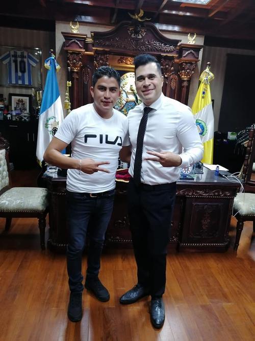 Neto Bran, guatemala, Mixco, novio de Neto, Ángel Eduardo Mancilla Molina, asistente de Neto
