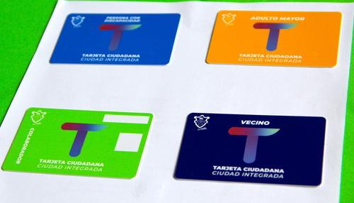 Cada tarjeta está destina a varios grupos de ciudadanos: discapacitados, adultos mayores, empleados municipales y de uso regular de los ciudadanos. (Foto: Fredy Hernández/Soy502)
