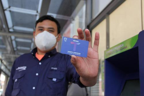 Según la comuna, cerca de 500,000 personas utilizan a diario el Transmetro. (Foto: Fredy Hernández/Soy502)