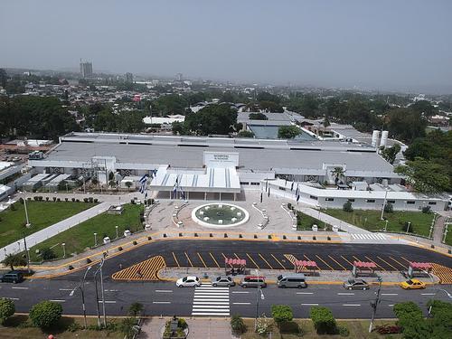Vista aéreo Hospital El Salvador. (Foto: JM Raffi)