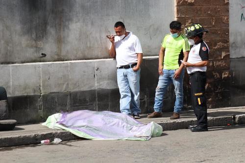 el pasado 16 se septiembre se reportaron varias muertes, una de ellas en zona 6 capitalina. (Foto: Bomberos Voluntarios)