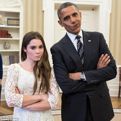 Maroney junto a Obama. (Foto: dailymail.co.uk)