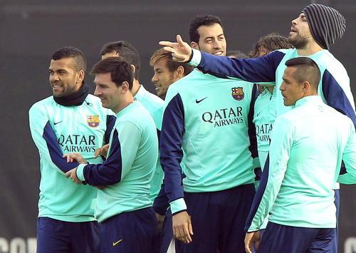 El plantel del Barcelona tuvo una divertida práctica en su último entrenamiento previo a enfrentar al Getafe por la Copa del Rey