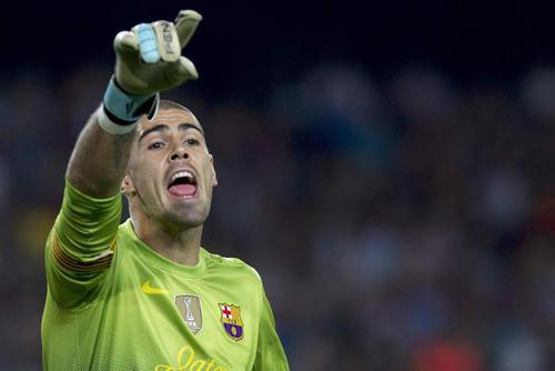 Víctor Valdés podría resguardar el arco catalán en el juego del sábado entre el Barcelona y el Elche