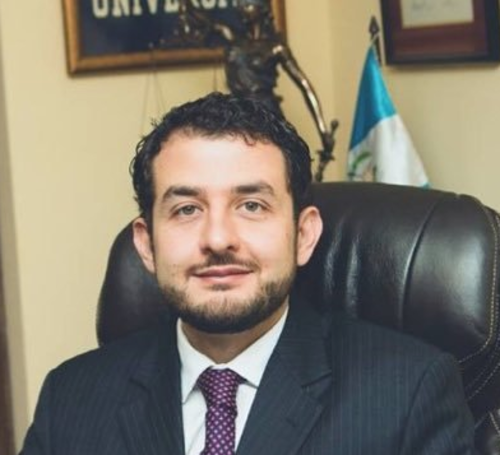 El abogado fue nombrado interventor de TCQ. (Foto: Twitter)