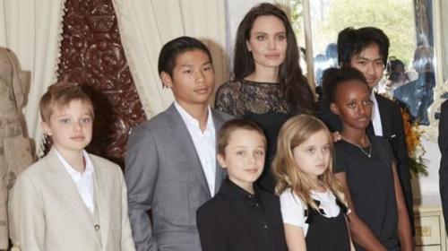 Brad Pitt y Angelina Jolie vivirán juntos. (Foto: Aire de Santa Fe)