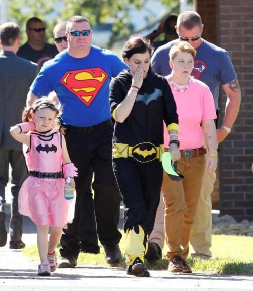 La mayoría de los asistentes llegaron vestidos de superhéroes