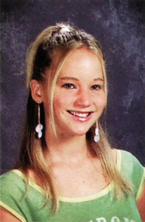 La atractiva Jennifer Lawrence, una chica de secundaria más.