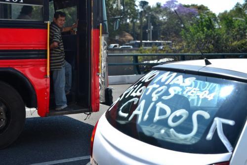 La mala calidad del transporte público empuja al citadino a buscar otras opciones. (Foto: Jesús Alfonso/Archivo Soy502)