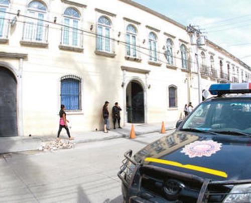 Guayo Cano permaneció durante varios días de octubre internando en el hospital de la PNC donde la vigilancia se reforzó por temor a una fuga.