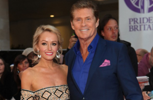 David Hasselhoff y Hayley Roberts. (Foto: Good to Know)