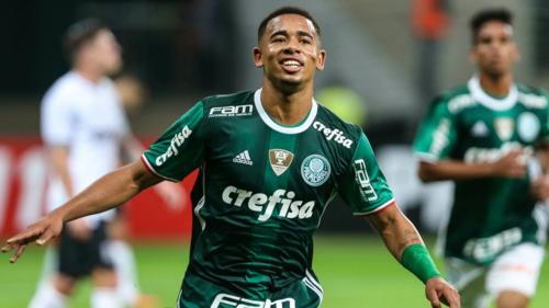 Gabriel Jesús, víctima de la entrada. Fue campeón con el Palmeiras y es flamante fichaje del Manchester City. (Foto: GloboEsporte)