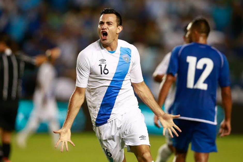 Marco Pablo Pappa grita con todo el gol para Guatemala frente a El Salvador en Los Ángeles, California. (Foto: Germán Alegría/Nuestro Diario)