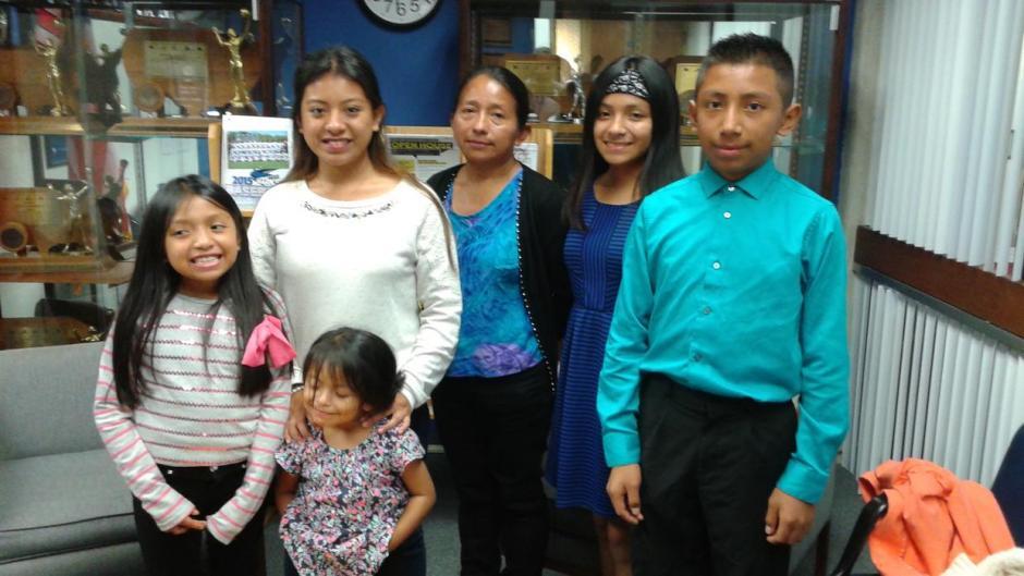 Quiej y su familia han recibido apoyo de la comunidad hispana en Estados Unidos. (Foto: Twitter)