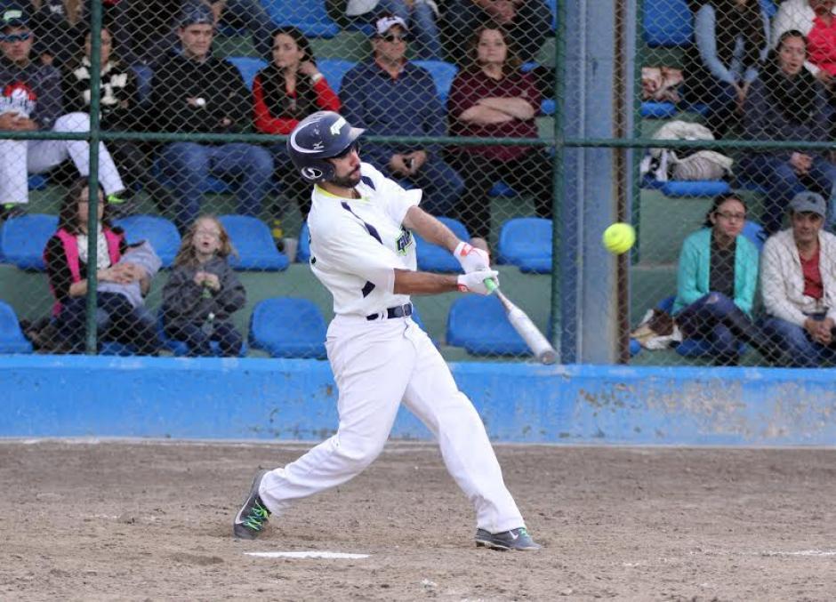 La novena del sóftbol de Guatemala se consagró campeona del CA 2015. (foto: CDAG)