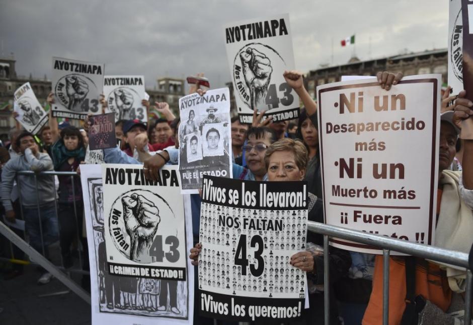 La Marcha de la Indignación recorrió las calles de la capital mexicana. (Foto: AFP)
