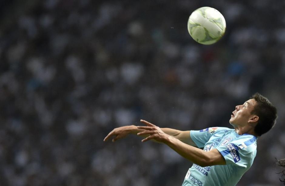 Sin embargo, en los últimos minutos del encuentro, Pachuca apretó la marca y logró vencer finalmente. (Foto: AFP)