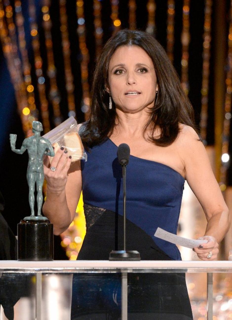 """Julia Louis-Dreyfus ganó como mejor actriz de comedia en una serie por el show de televisión """"Veep"""". (AFP)"""