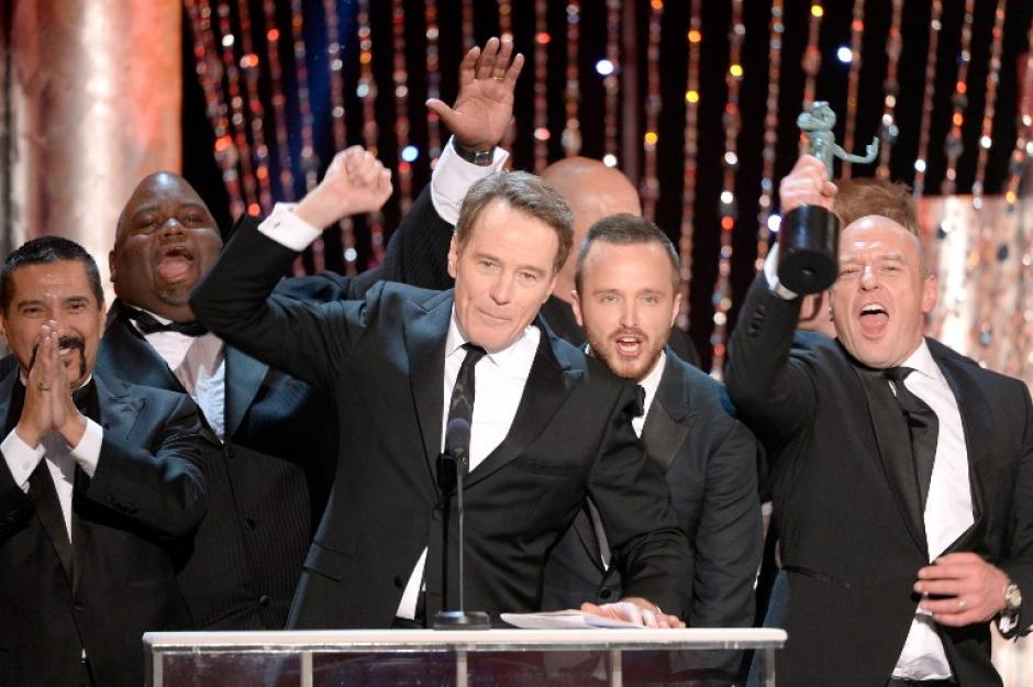 """Los miembros del Sindicato de Actores eligió al elenco de la serie drámatica """"Breaking Bad"""" como el mejor en su temporada final. (AFP)"""
