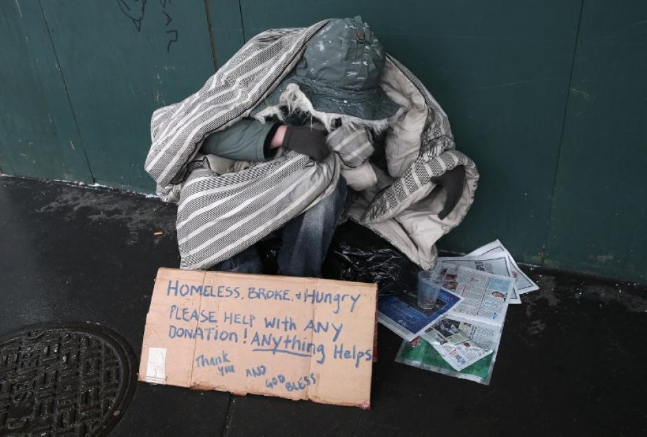 La tormenta afecta a miles de personas sin hogar en Nueva York. (AFP)