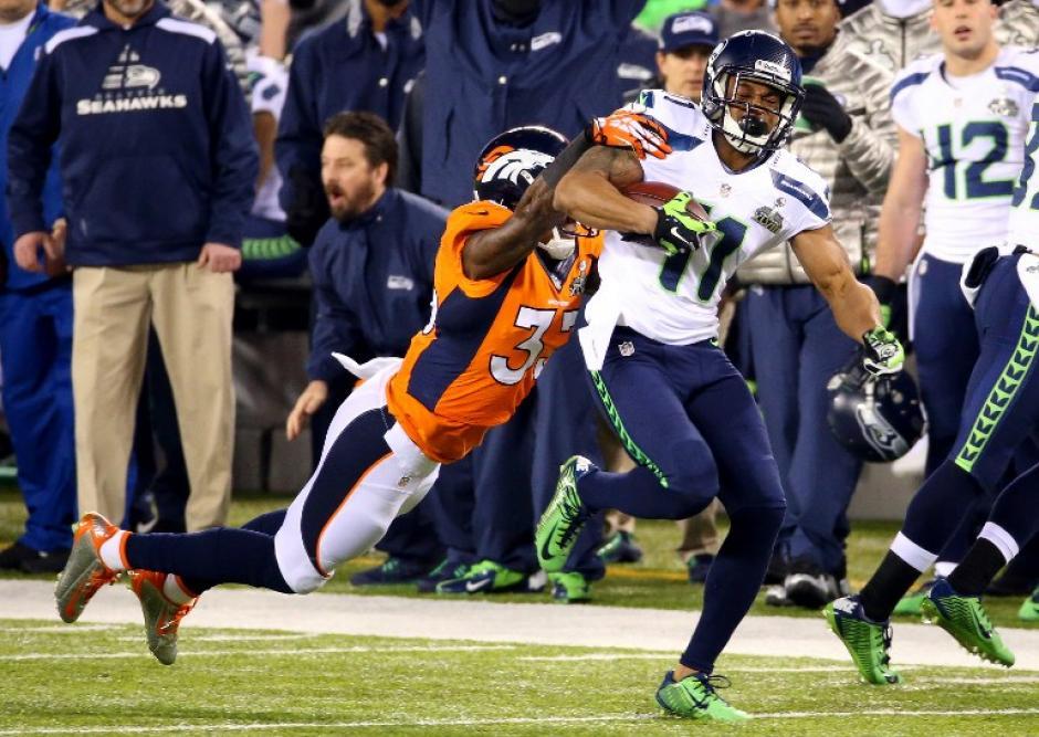 El dominio de los Sehawks no dio tregua a los Broncos en los primeros dos cuartos. (Foto: AFP)