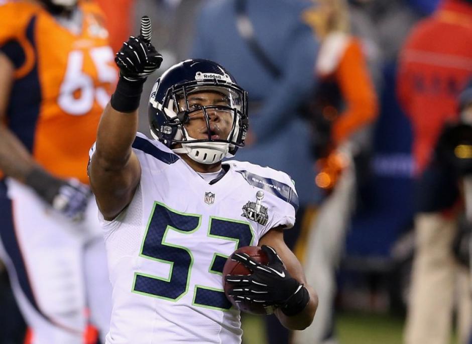 Malcolm Smith brilló en el Super Bowl XLVIII de la NFL. (AFP)