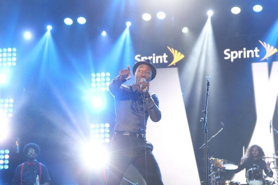 Pharrel Williams estuvo en el concierto de inicio en el Juego de Estrellas de la NBA. (AFP)