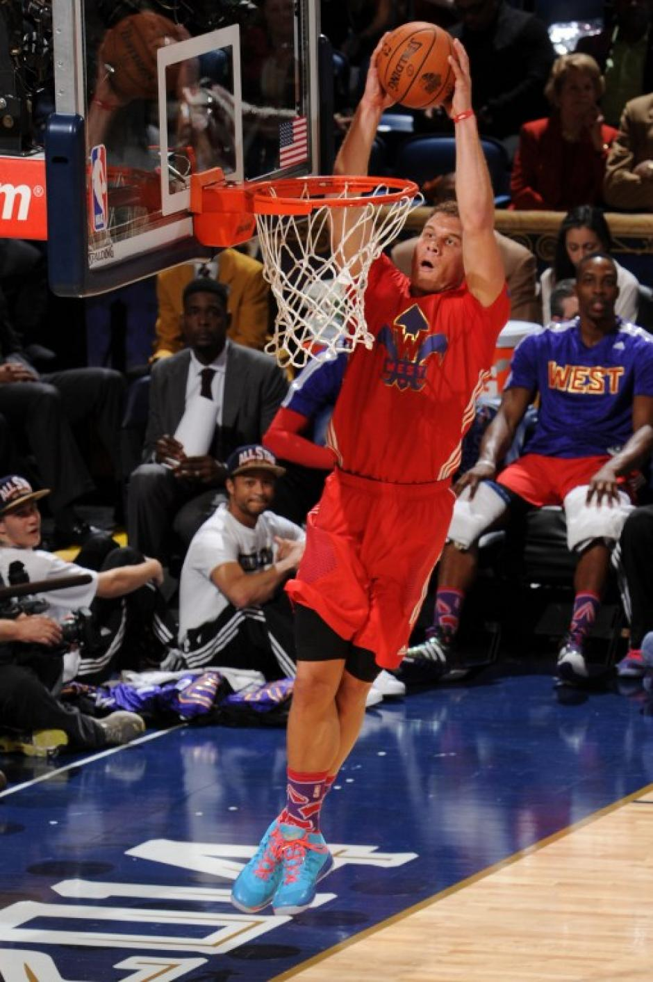 Blake Griffin tuvo números de MVP esta noche, pero su equipo perdió. (AFP)