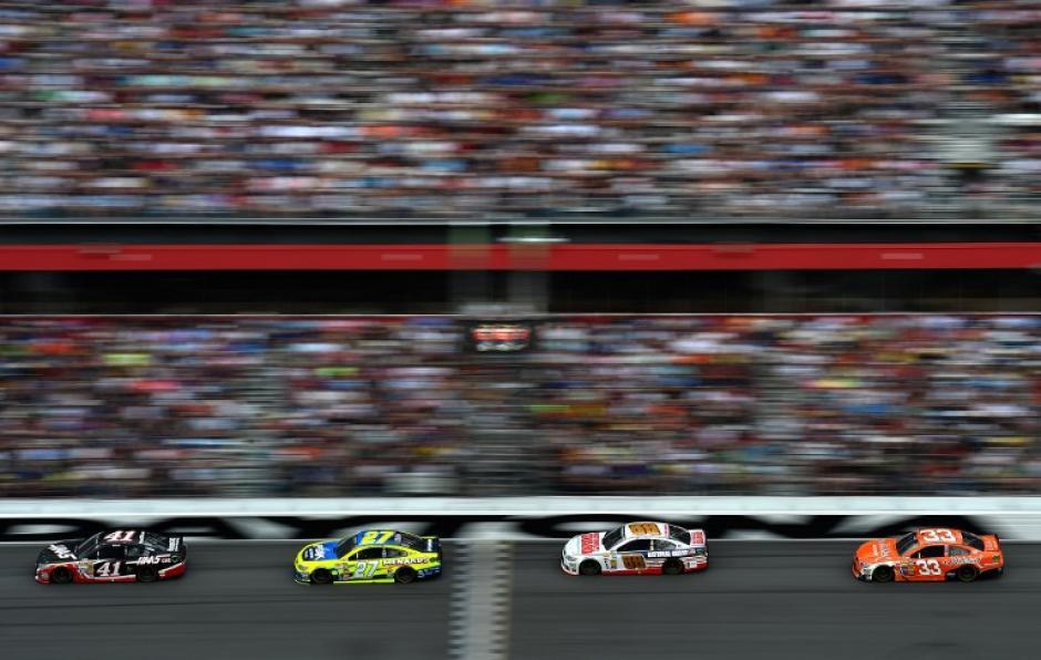 La Daytona 500 sigue siendo uno de los espectáculos más disfrutados por los aficionados de las carreras en Estados Unidos. (Foto: AFP)