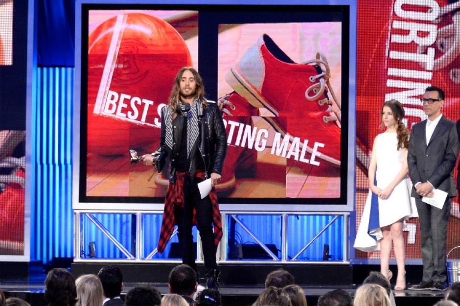 Jared Leto se llevó el premio a mejor actor de reparto y aprovecho para enviar un mensaje a Venezuela.