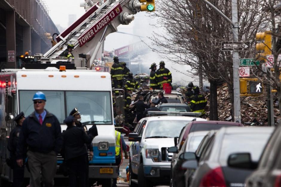 La policía d Nueva York envío al escuadrón antiexplosivos. (Foto:AFP)