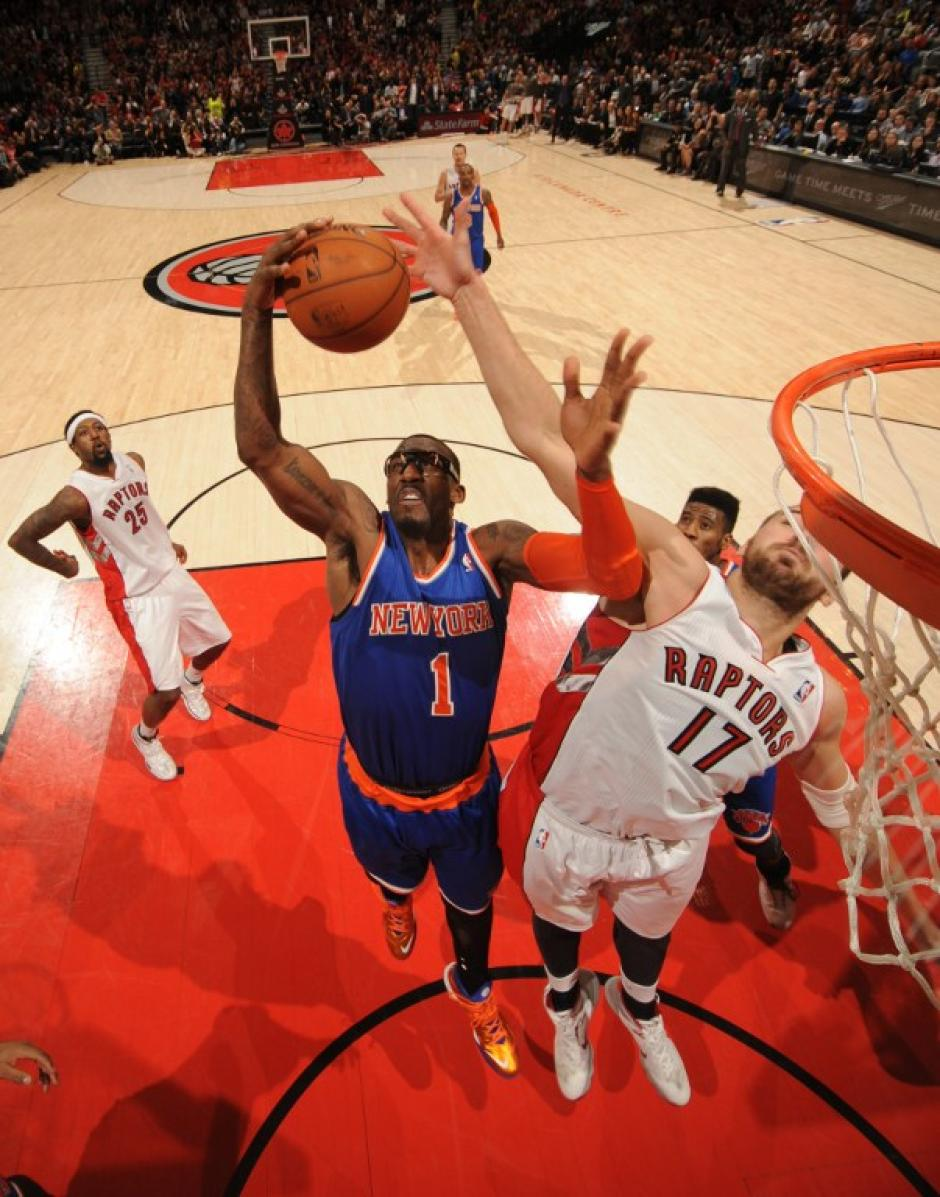 Los Knicks de Nueva York derrotaron de visita 100-108 a los Raptos de Toronto. (Foto: AFP)