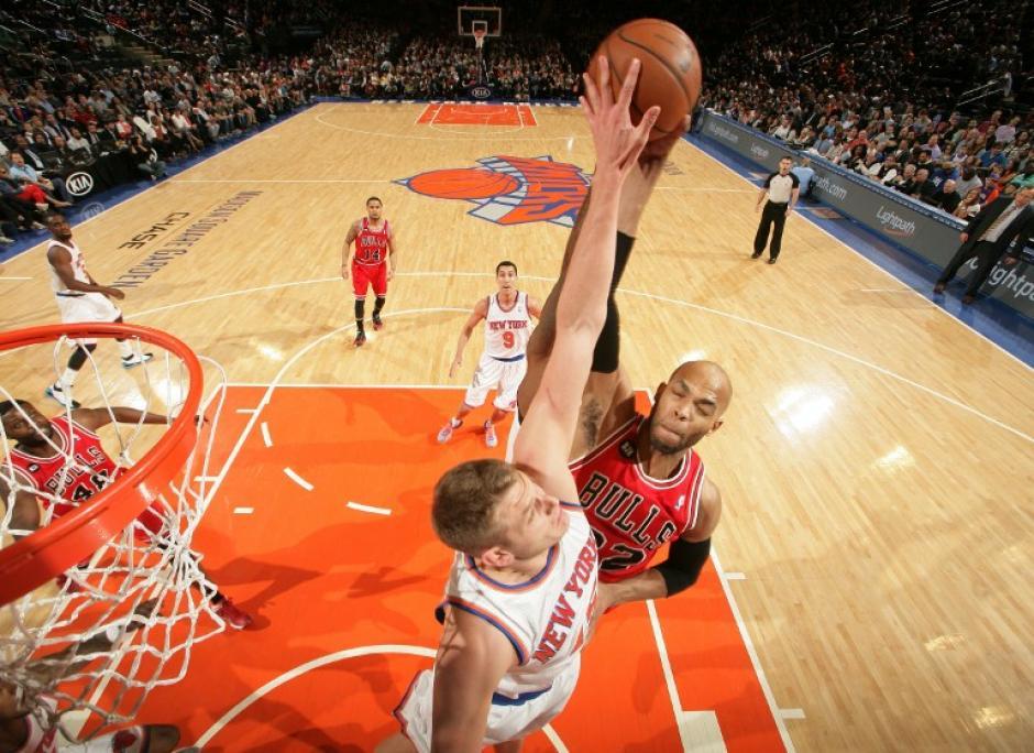 Los Knicks de Nueva York vencieron 100-89 a los Bulls de Chicago