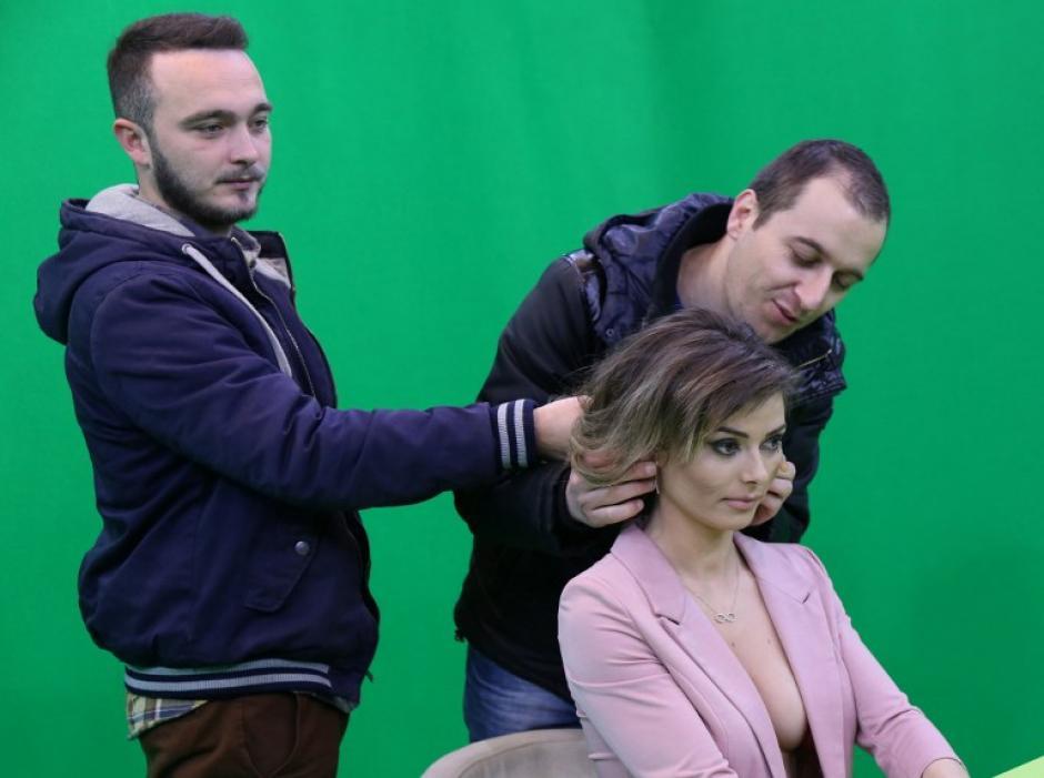 """El propietario del canal advierte que """"el desnudo"""" significa también presentar las noticias como son en realidad. (Foto: AFP)"""