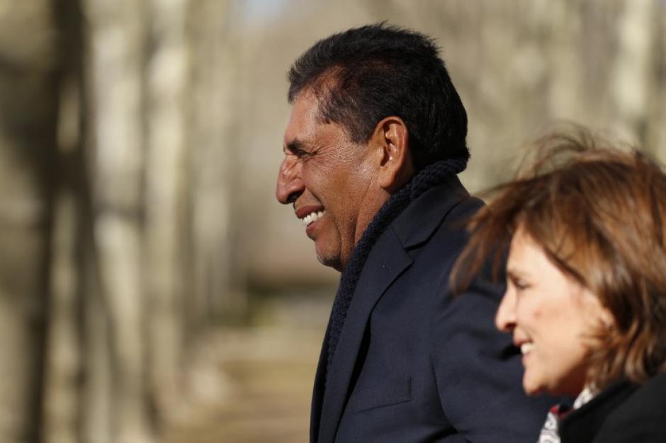 La sonrisade Jiménez fue evidente a la salida del tribunal. (Foto: AFP)